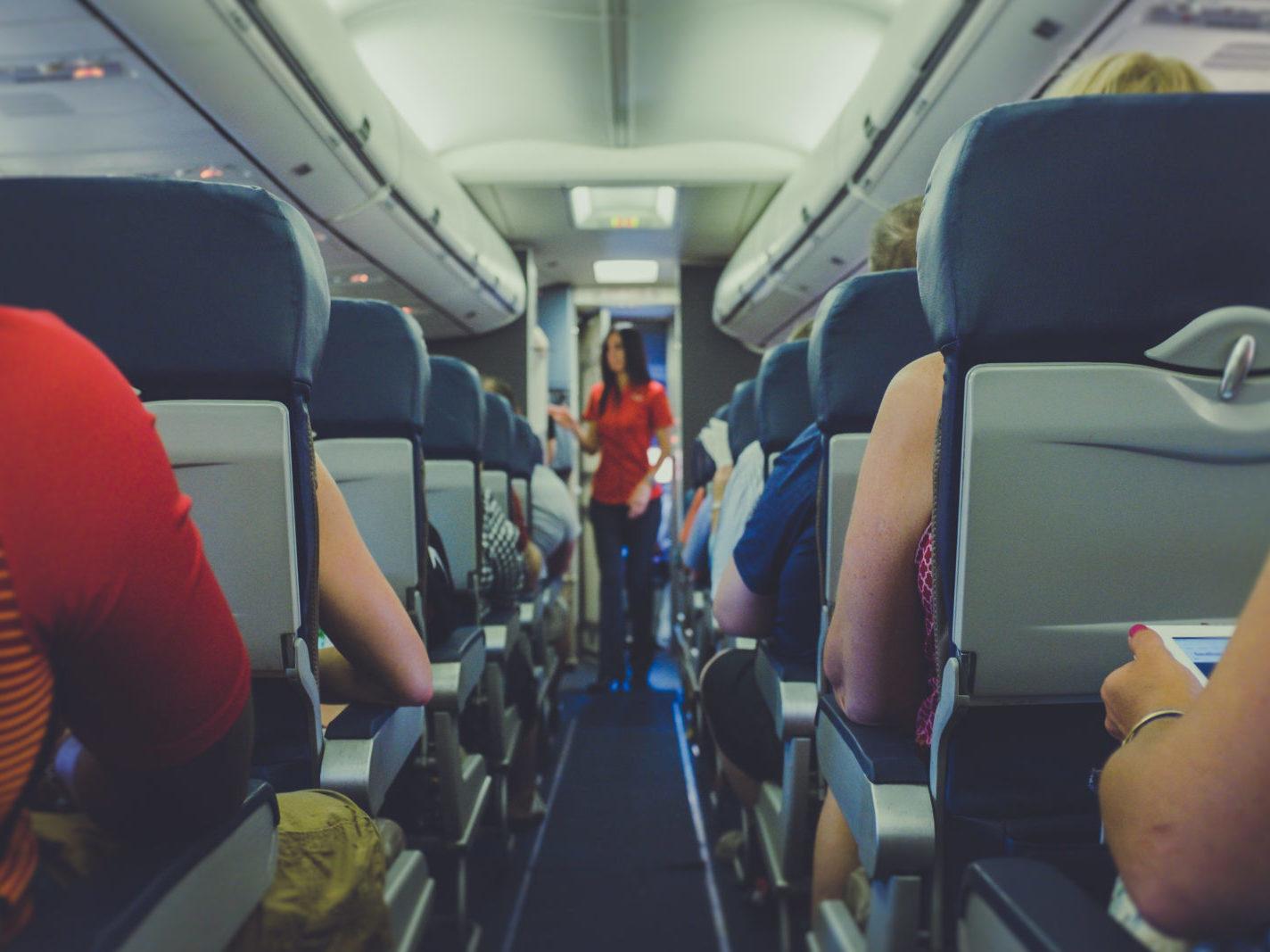 Ledadlo a cestující